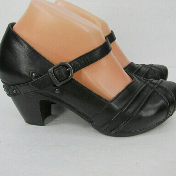 fb308ec15b14 Dansko Shoes -  RARE  Dansko Reeny Mary Jane Clog